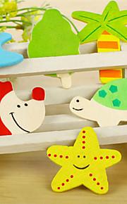 conjunto de 12 madeira coloridos diferentes formas ímãs de geladeira desenhos animados (cor aleatória)