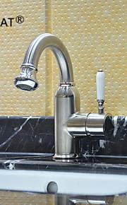 Contemporâneo Montagem em Plataforma Válvula Cerâmica Single Handle Uma Abertura with Níquel Escovado Torneira pia do banheiro