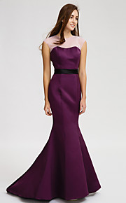 Lan TingCourt Train Satin Bridesmaid Dress - Grape Trumpet/Mermaid Jewel