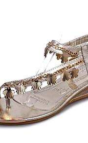 Серебристый / Золотистый-Женская обувь-Для прогулок / На каждый день-Дерматин-На плоской подошве-Удобная обувь-Сандалии