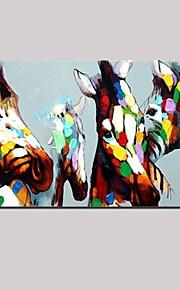 מצויר ביד מופשט / בעלי חיים ציורי שמן,סגנון ארופאי / מודרני / קלאסי פנל אחד בד ציור שמן צבוע-Hang For קישוט הבית