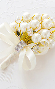 פרחי חתונה בצורה חופשיה שושנים פרחי דש חתונה חתונה/ אירוע סאטן חרוז