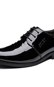 Homme-Mariage Bureau & Travail Décontracté Soirée & Evénement-Noir-Talon Plat-chaussures Bullock Chaussures formelles-Oxfords-Cuir