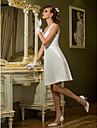 Lanting Bride® 시스 / 칼럼 퍼티트 / 플러스 사이즈 웨딩 드레스 - 쉬크&모던 / 피로연 드레스 어깨 노출 스타일 무릎 길이 퀸 앤 레이스 / 새틴 와