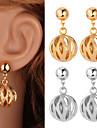 fantaisie nouvelle balle creuse Pendants d\'oreilles en or 18 carats mignons bijoux en platine plaque pour les femmes de haute qualite