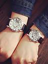 Bărbați pentru Doamne Pentru cupluri Ceas La Modă Quartz Gravură scobită PU Bandă Negru MaroNegru Argintiu Auriu Auriu-Negru