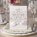 10/20/50の白フローラデザインの結婚式の招待状セット